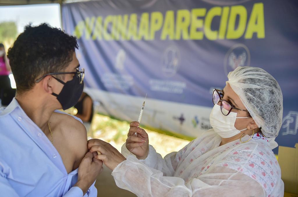 VACINACAO 2a DOSE NO CENTRO DE ESPECIALIDADES FOTO RODRIGO ESTRELA 18 SITE 1
